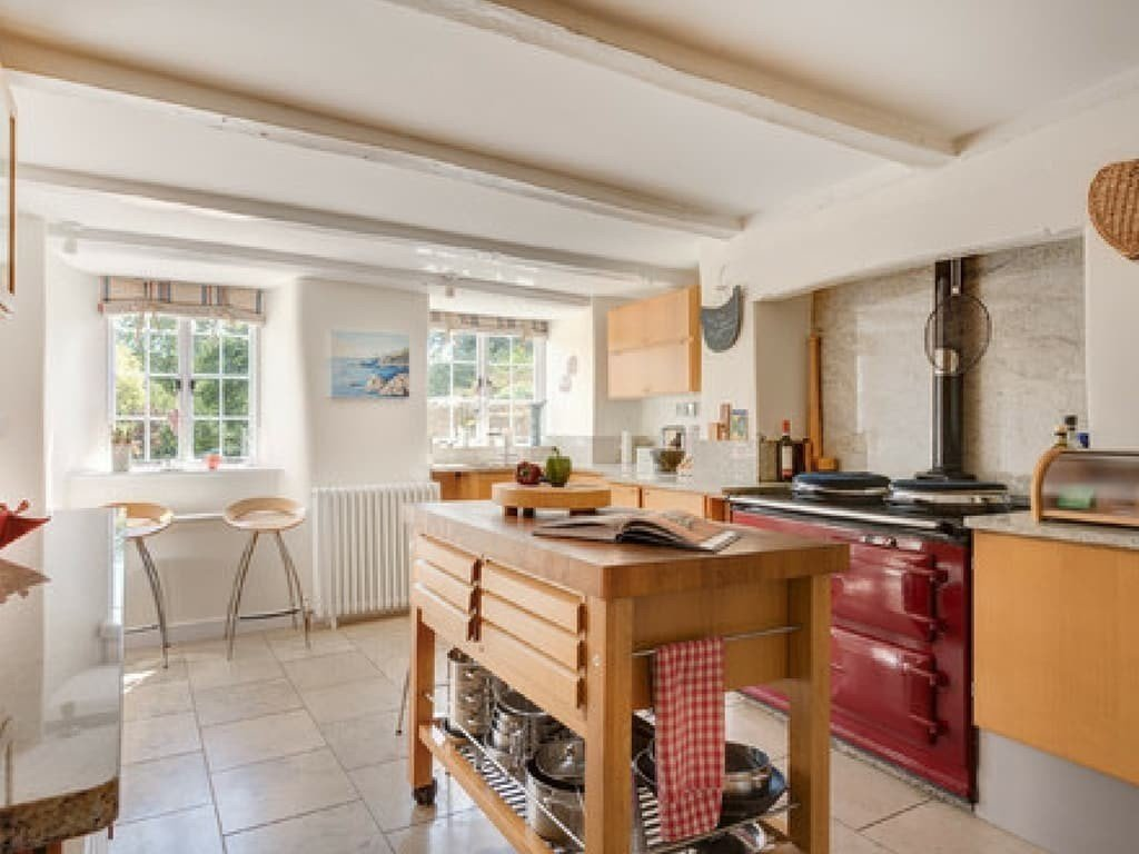 adding_an_island_to_a_small_kitchen_tallahassee_fl