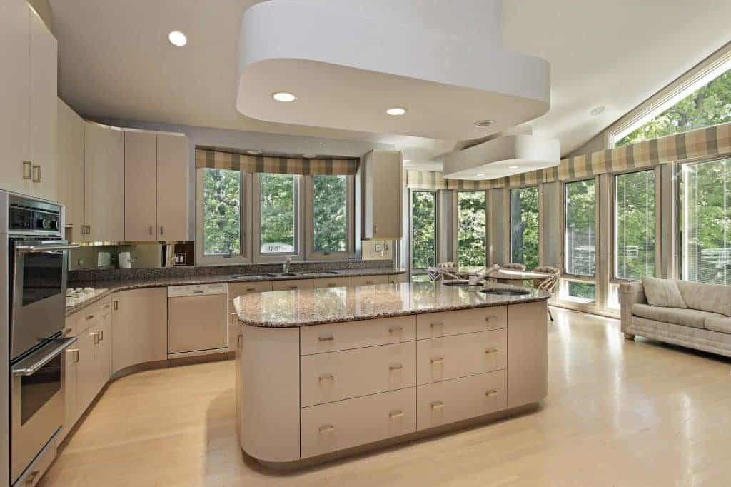 Why it Pays to Work with a Kitchen and Bath Designer in Tallahassee, FL