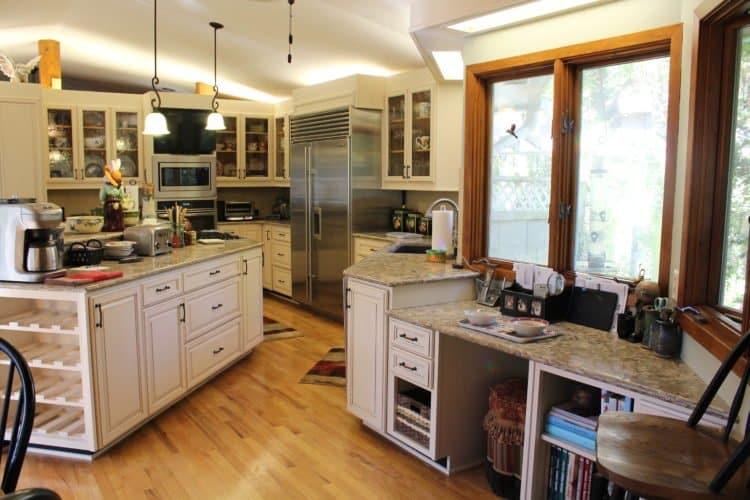 Large kitchen cabinet reface