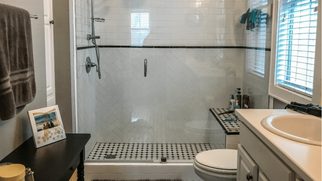 Southwood Kitchen Reface and Bathroom Update – $32,500